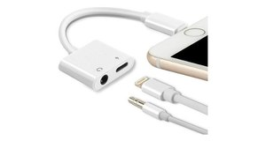 ADAPTADOR DE AUDIO P/ IPHONE LIGHTNING DUPLO 3.5MM